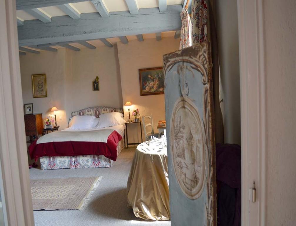 chambre en ch teau de charme 39 39 la valette 39 39 en mayenne pr s de laval. Black Bedroom Furniture Sets. Home Design Ideas